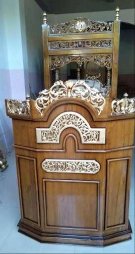 mimbar masjid kreta uukir