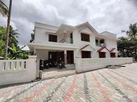 Thiroor 2650 SqFt ,6cent,4bhk villa,Thrissur