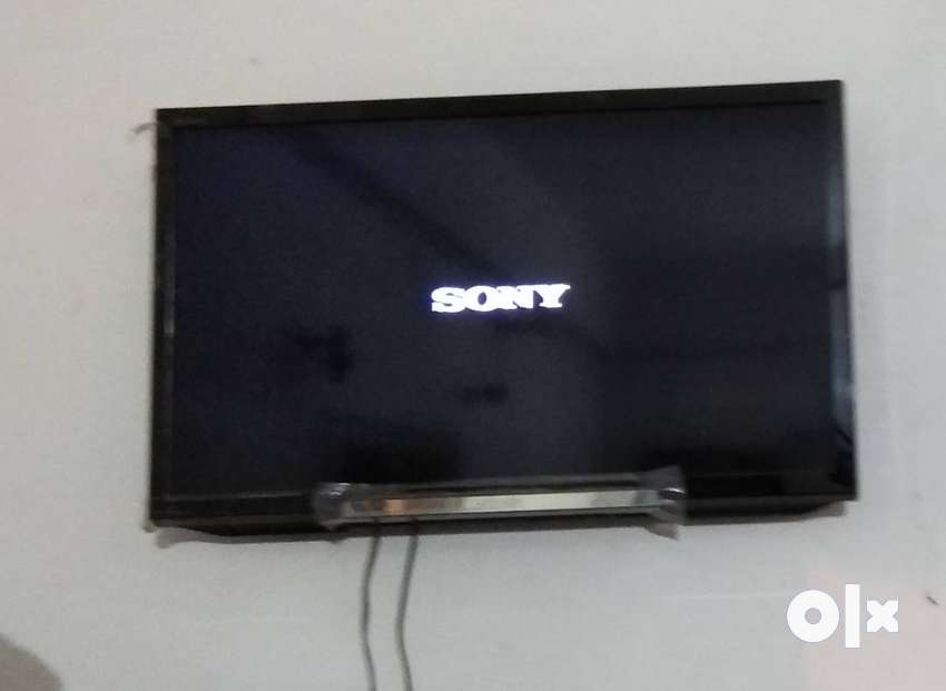 Flat screen 24 inch led TV for sale 0