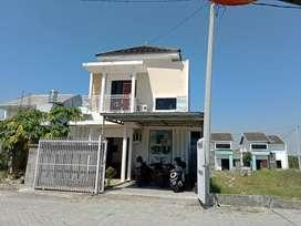 Rumah Murah Mewah Bekas Kantor Pemasaran Gresik Kota dekat Surabaya