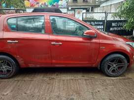 Cars rent on per day 800 only  ( Chandini )
