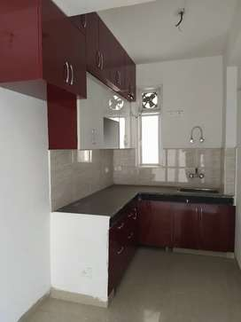 2bhk semifinished flat available for rent in Ajnara homes