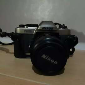 Kamera Roll Film Nikon FM10
