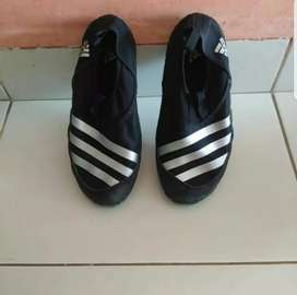Sepatu Adidas kids original seken Luar