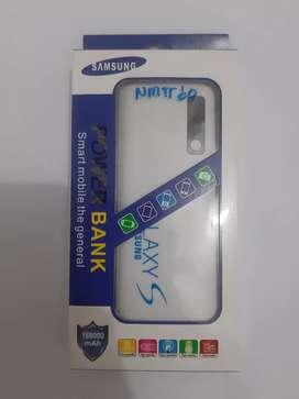 Powerbank samsung 188000 mAh (warna putih)