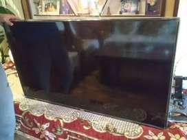 sell my samsung UA43J5100AR 43inch LED full Hd TV