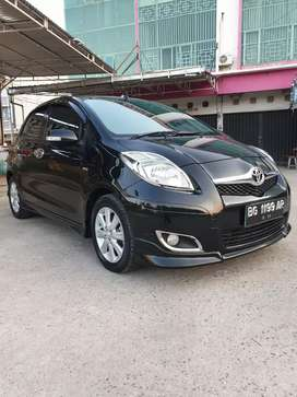Toyota Yaris S Limited A/T thn 2009 km br 40rb an antik