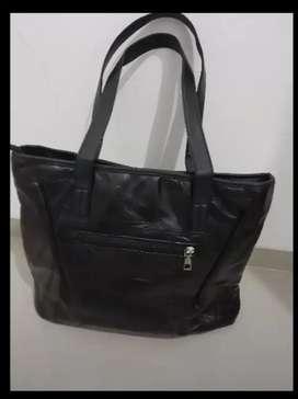 2 paket tas pundak warna hitam untuk perempuan
