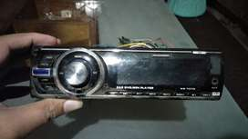 "Dvd player pree and 7"" lcd"