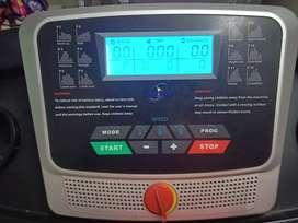 Treadmill AEROFIT AF793(price 20,000)
