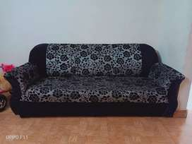 Sofa Set in black Color