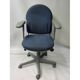 used Revolving chairs for sale - (25 nos)
