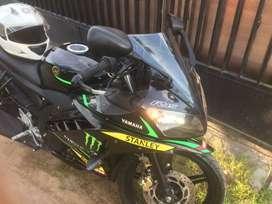 Dijual cepat motor Yamaha R15 Tahun 2016 (Agustus)