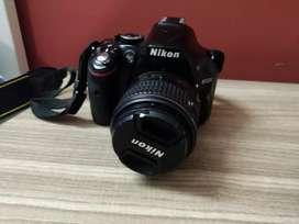 Nikon D 5200 with 18-55mm lens dslr