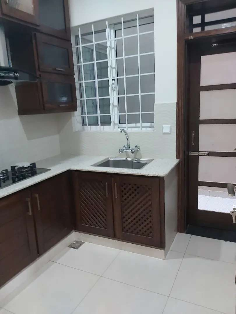 8 MARLA BRAND NEW HOUSE DOUBLE UNIT DOUBLE STORY FOR SALE 0