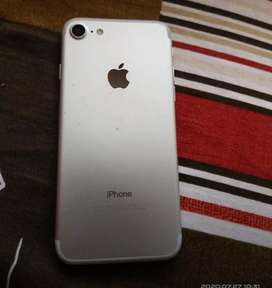 I phone 7 32 GB best condition all kit