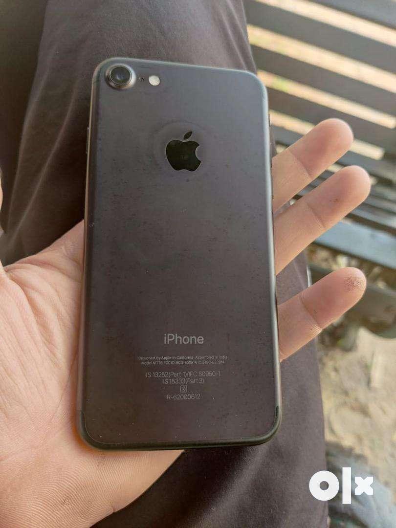 I phone 7 black 0