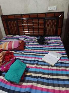 New shagwan king size bed