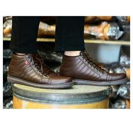 Sepatu semi boots kasual