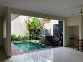 Dijual villa dekat Sunset road Seminyak Bali