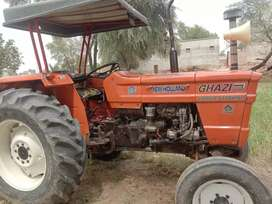 65Hp Tractor with Trolly