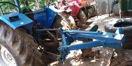 New Holland dojer