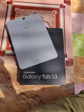 Galaxy Tab S3, Barely Used, with box and S Pen