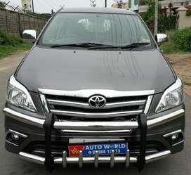 Toyota Innova 2.5 G 8 STR BS-IV, 2013, Diesel