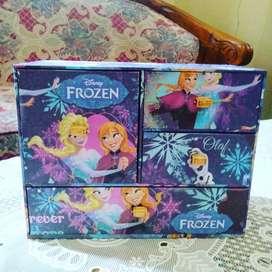Kotak laci handmade frozen