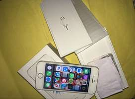 Iphone 5s sE 32 gb with box and bill