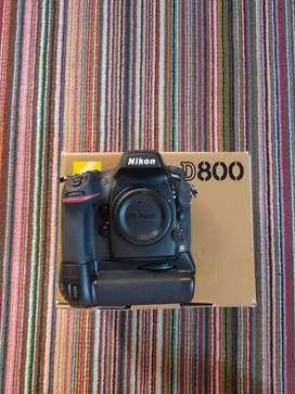 Body camera Nikon d800 + vertical grip