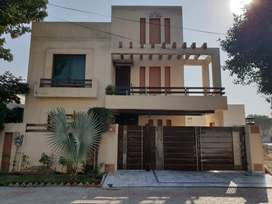 10 Marla Fully Furnished House For Rent In Bahria Town Lahore