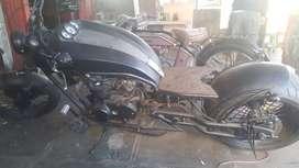 Bengkel motor custom