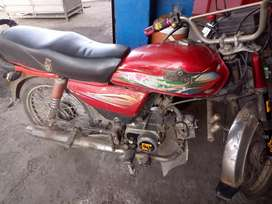 Super star 2005model bilkul okay serious buyer contact me.