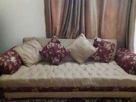 7 Seater Sofa Set Used but in Good condition