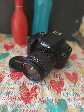 Kamera DSLR canon eos 4000D
