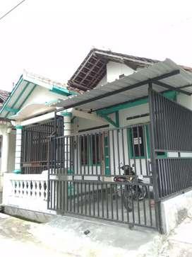 Rumah Dekat kampus UMS , Sukoharjo, Jateng. Nego sejadinya