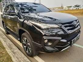 Toyota fortuner vrz trd at 2.5 Diesel 2018 hitam