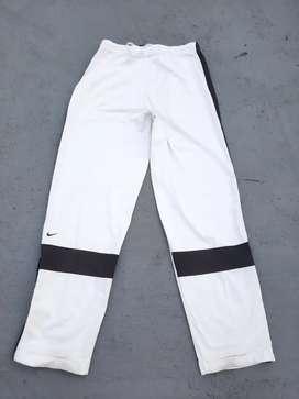 Celana training nike dri-fit putih