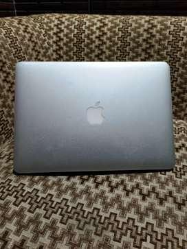 Apple laptop MacBook air 2015 8/128