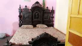 Double bed with 2 Side Tables