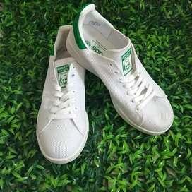 Preloved Sepatu adidas white size 38 kondisi baru 2 x pake