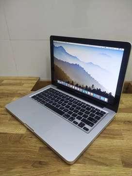 MD101 macbook pro 2012 model one month shop warranty