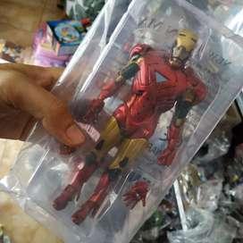 Action figure ironman
