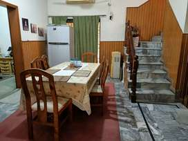 Dha guest house 3 beds with lounge kitchen families only