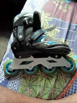 Skates rooler  Rs 1500/- only