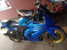 Kawasaki Ninja 250 Bt PCX KTM ADV