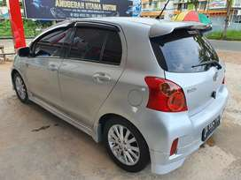 Yaris E TRD 2012 AT