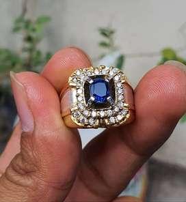 Royal Blue sapphire ceylon