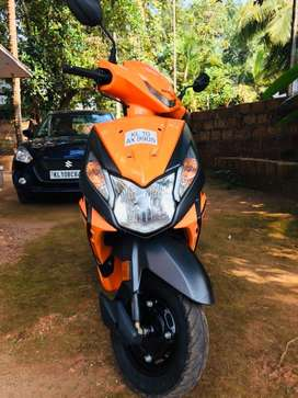 Showroom condition Honda dio (selling due to going abroad)